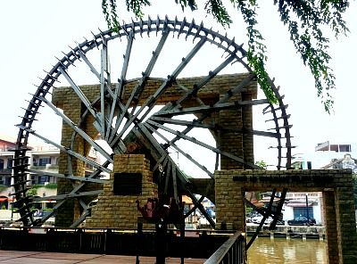 melaka sultanate water wheel