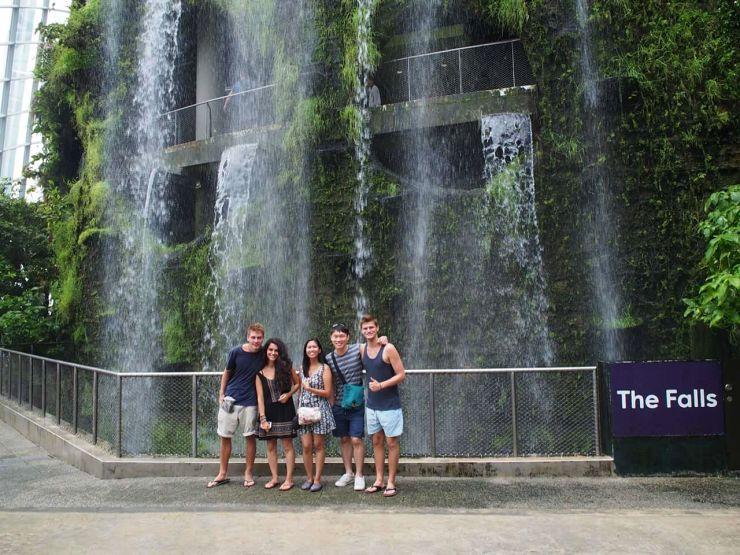 slow travel singapore crew