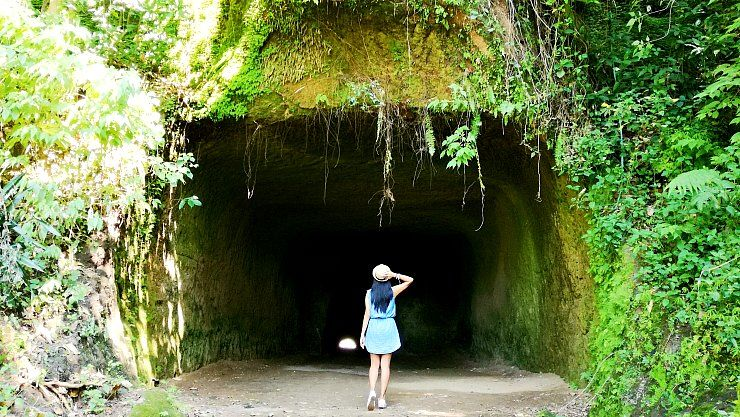 angono petroglyphs entrance tunnel