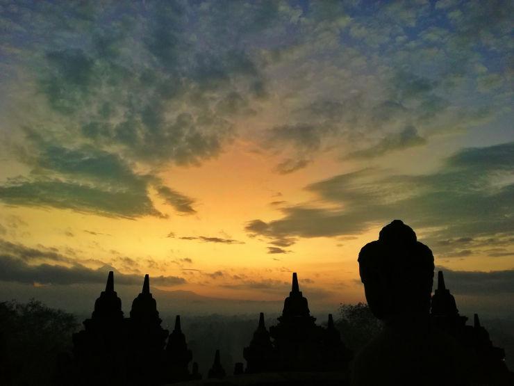 borobudur sunrise buddha
