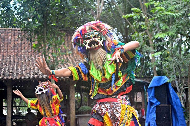 local performane yogyakarta