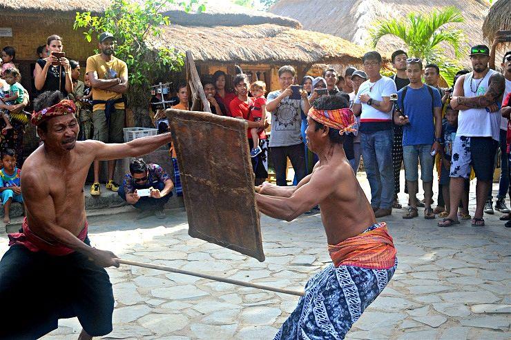 sasak sade peresehan performance lombok indonesia