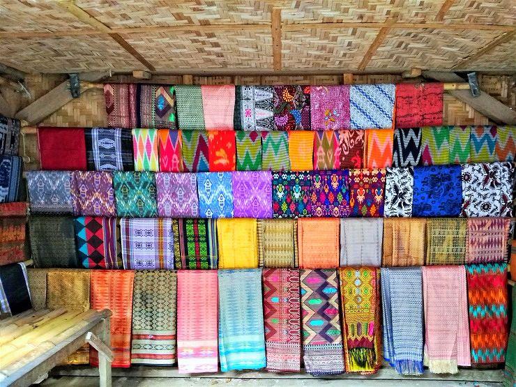 sasak sade weaving lombok indonesia