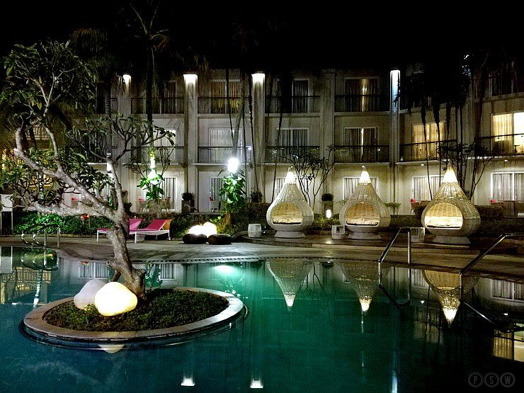 sheraton bandung pool at night