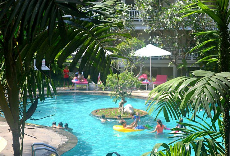 sheraton bandung pool morning