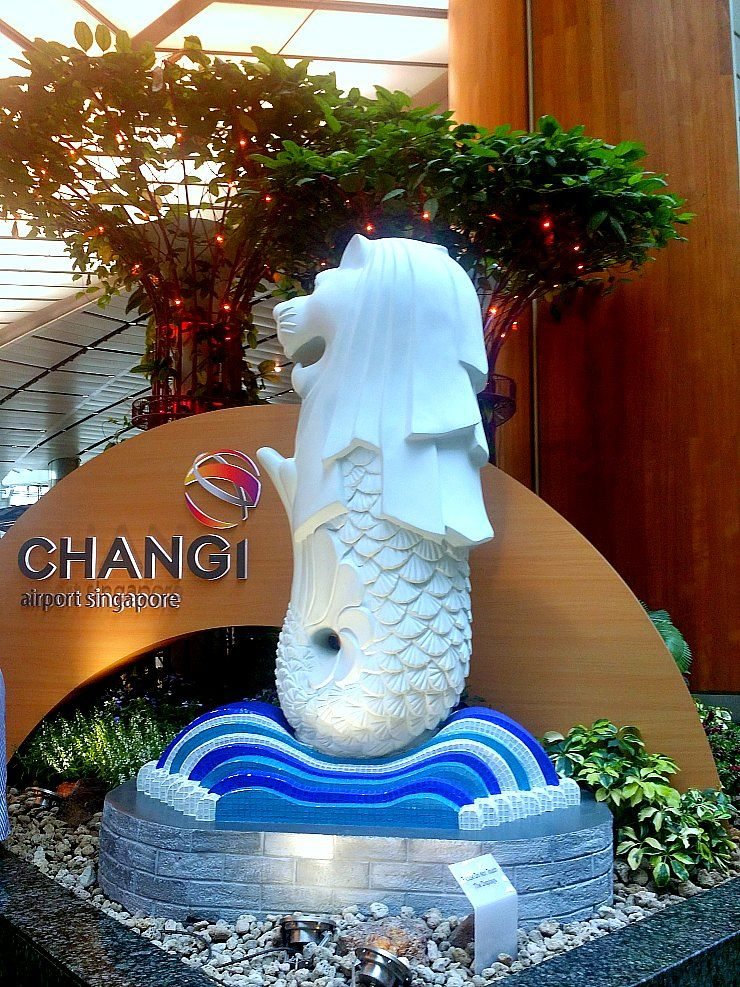 changi airport merlion