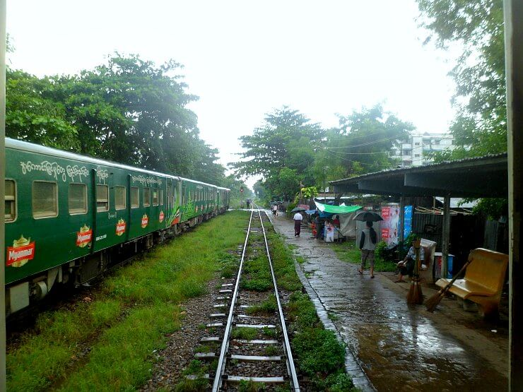 yangon circular train station