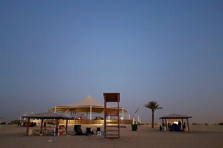 wakrah family beach qatar before sunrise