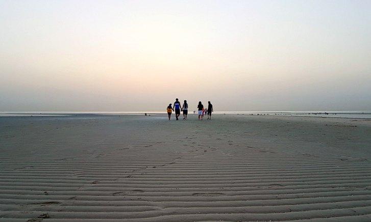 walking in al wakrah family beach qatar
