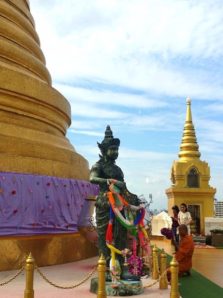 golden chedi golden mount bangkok