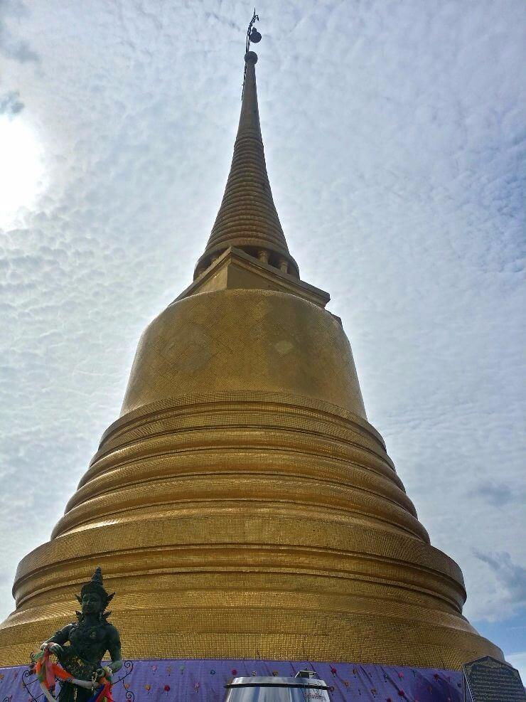 golden mount bangkok thailand wat saket