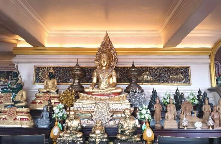 inside golden mount bangkok