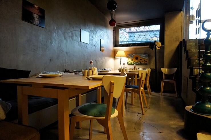 peradays dining area