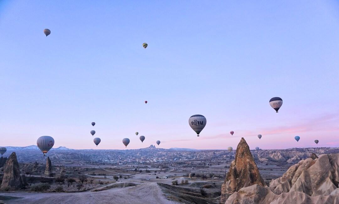Cappadocia: Hot air balloon ride in winter